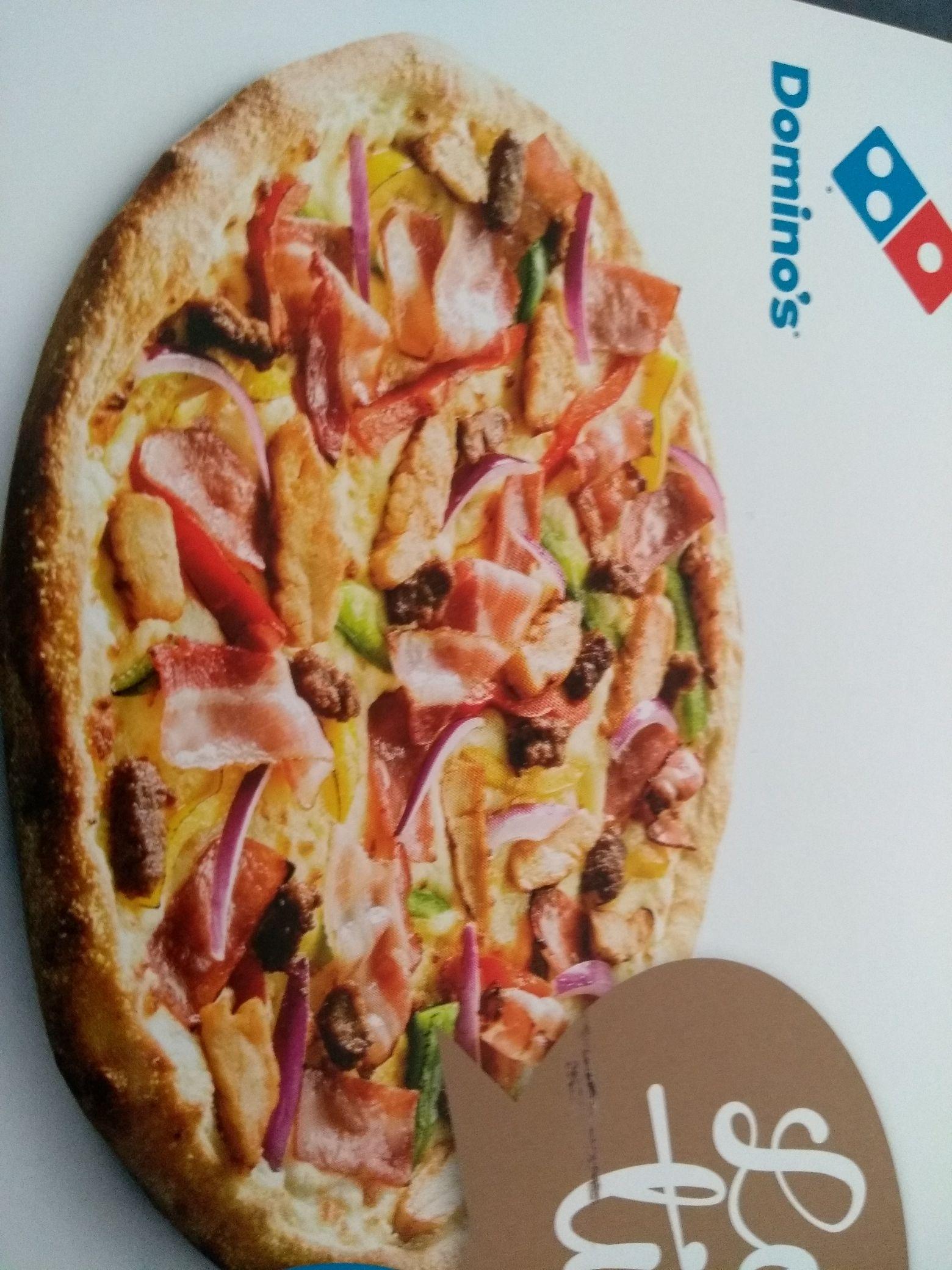 DOMINOS Hellevoetsluis tweede pizza 2 euro.