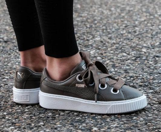 Puma Platform Basket Kiss dames sneakers van €120 nu €25 @ Size?