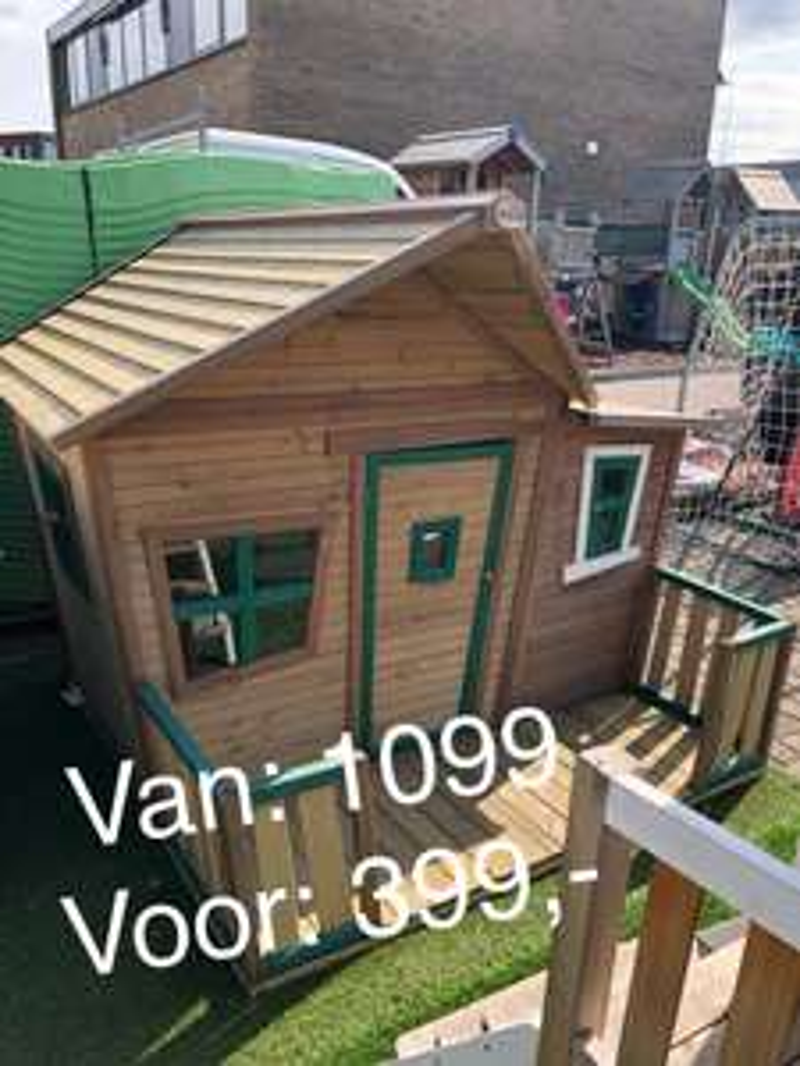 Opruiming van alle demo-speelhuisjes bij ThysToys.nl
