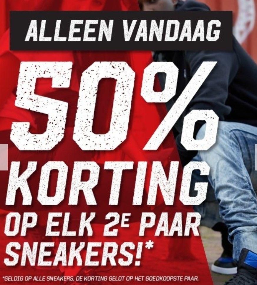 2e paar sneakers 50% korting