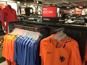 Originele Nike Nederland Home/Away shirts -70% (18 euro)