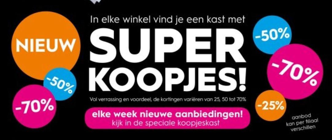 Super koopjes kast bij Blokker winkels. Kortingen variëren van 25, 50 tot 70%.