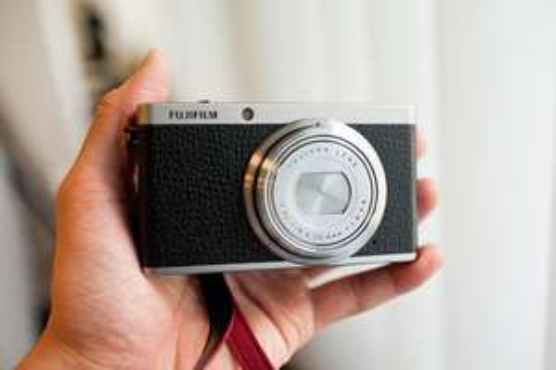 Fujifilm XF1 camera voor € 150 @ AH