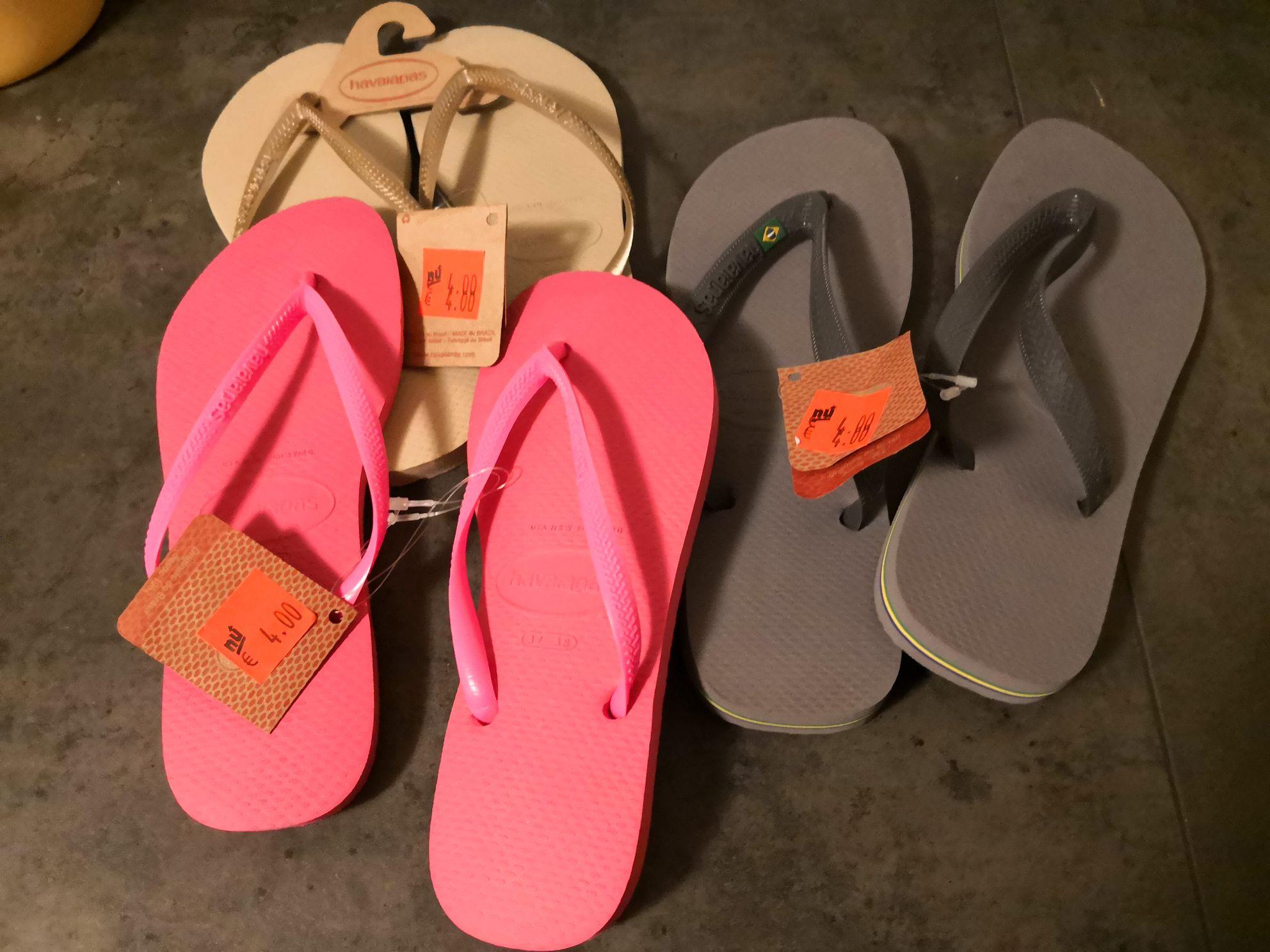 Havaianas slippers (aldi)
