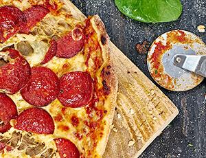2e pizza gratis bij ophalen - Dominos Tilburg