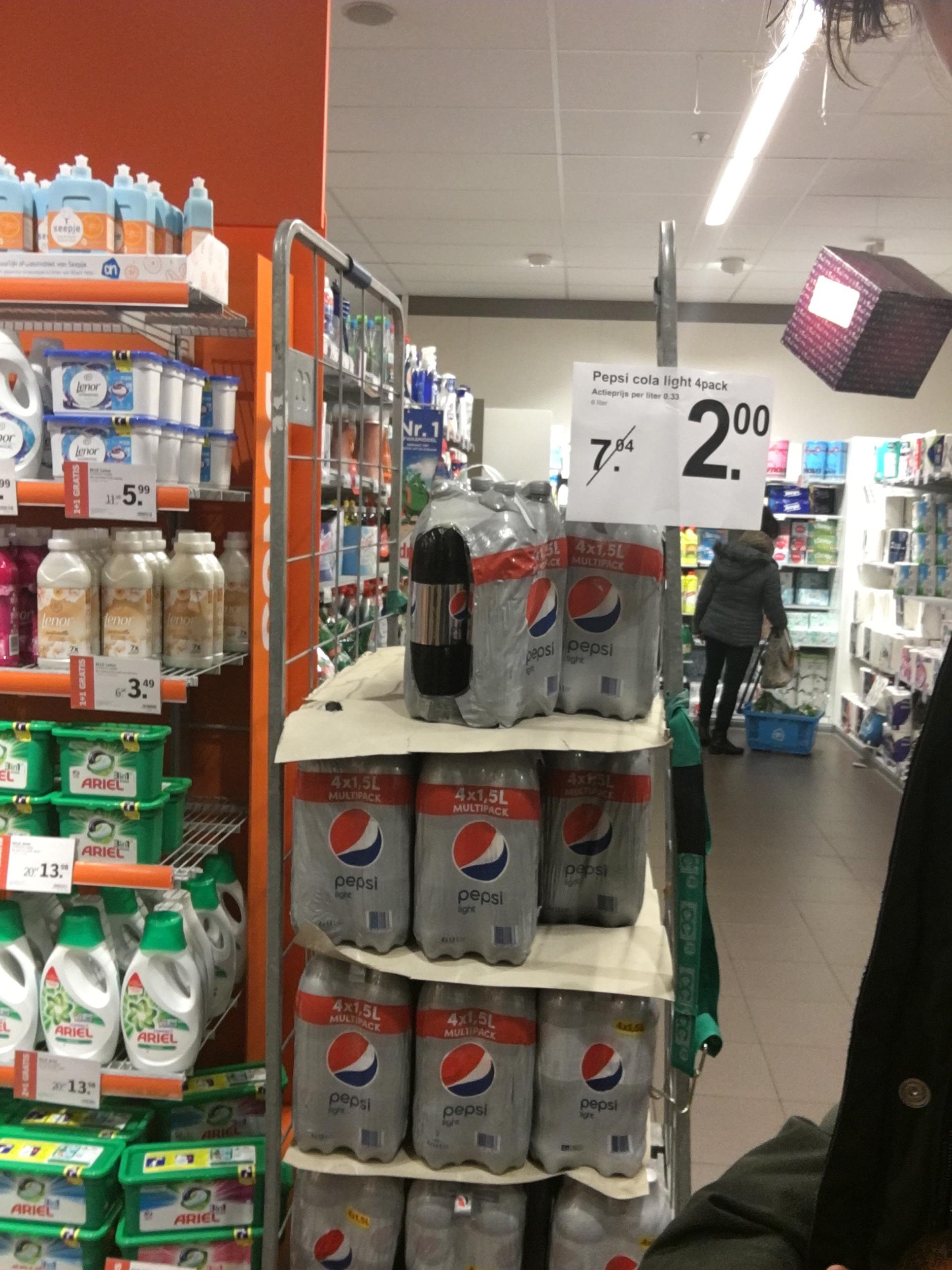4 flessen Pepsi light voor 2 euro