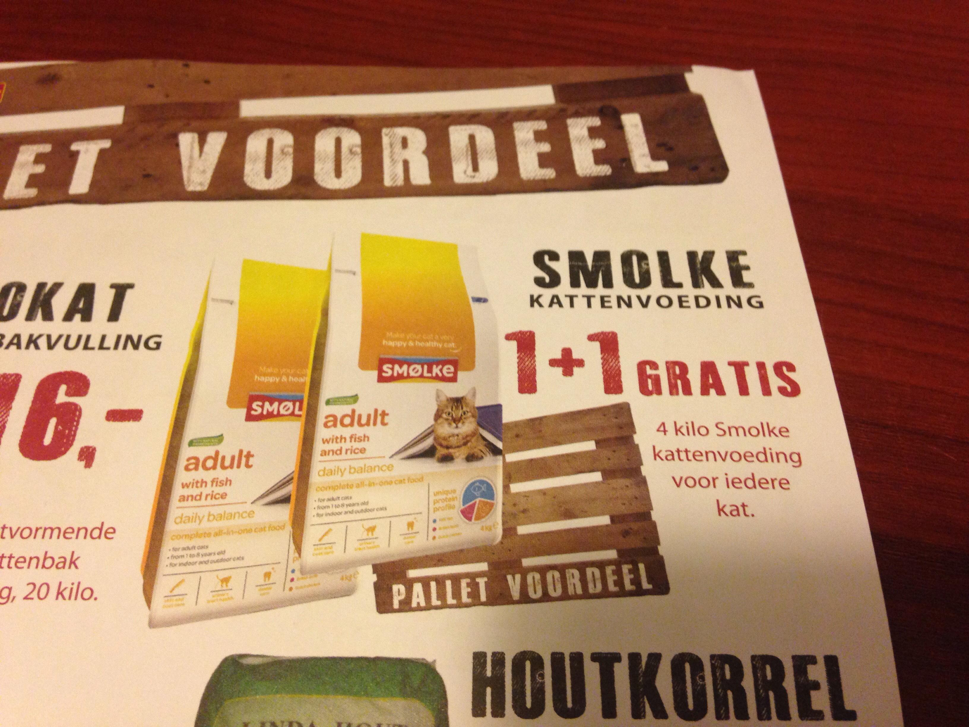 [ Lookaal? sowieso in Sneek] Smolke kattenvoer 4 KG zakken 1 + 1 gratis  aanbieding t/m 15 december zie ook de rest van de aanbiedingen.