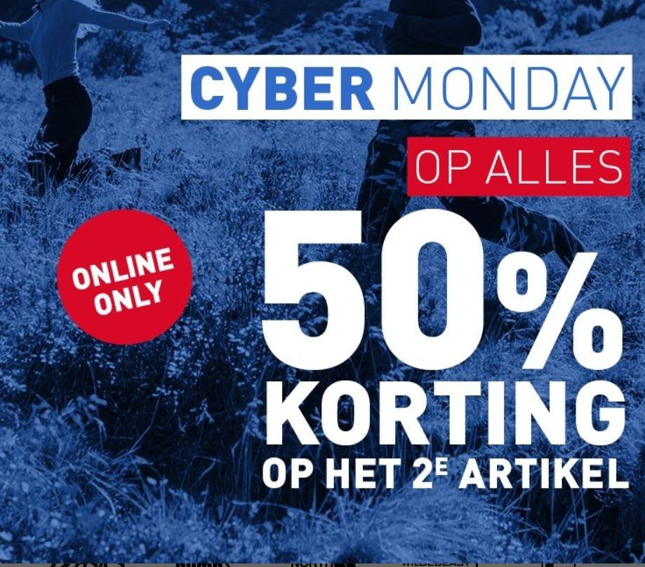 Cyber Monday: 50% korting op het 2e artikel @ Perry Sport