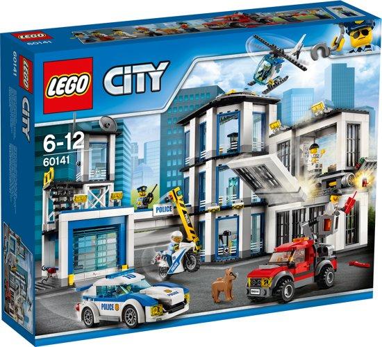 LEGO City Politiebureau - 38% korting
