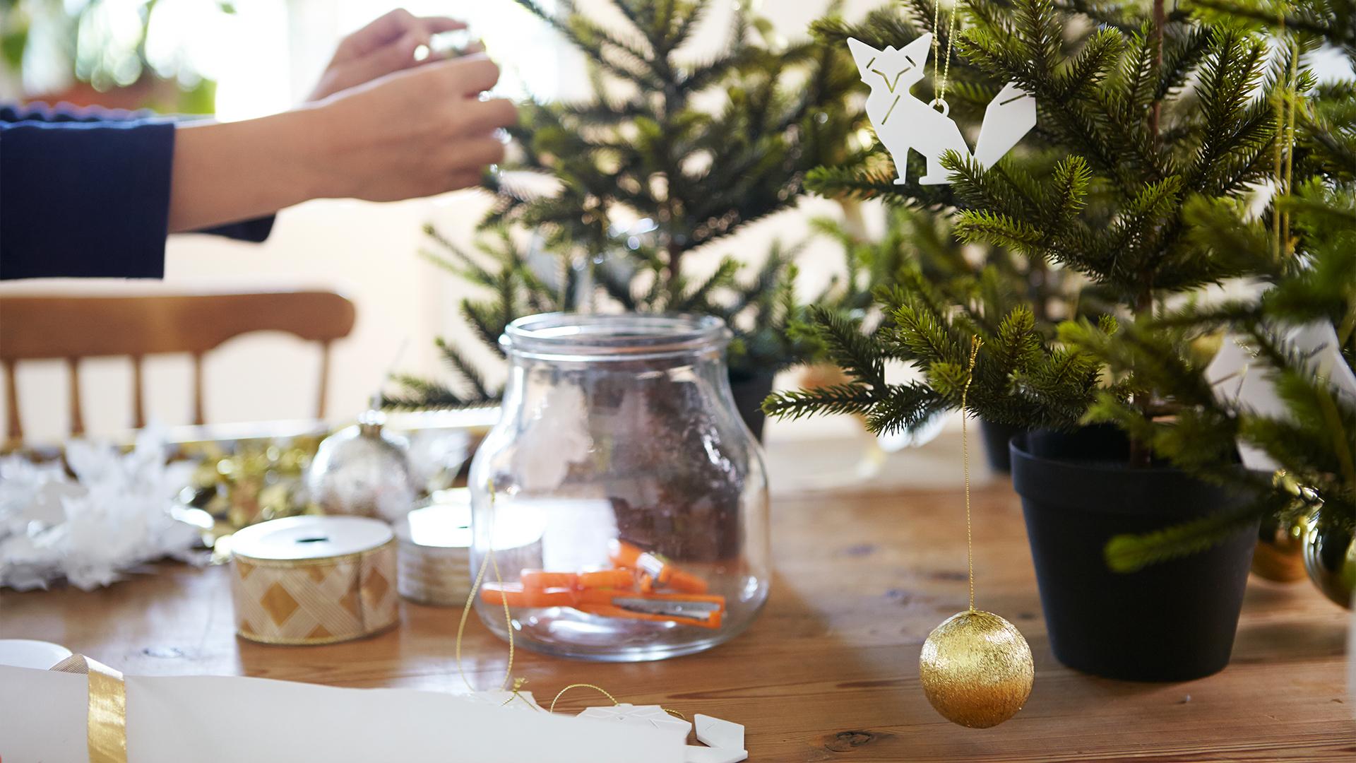 Ikea Delft gratis kersttafelstuk maken 7 december