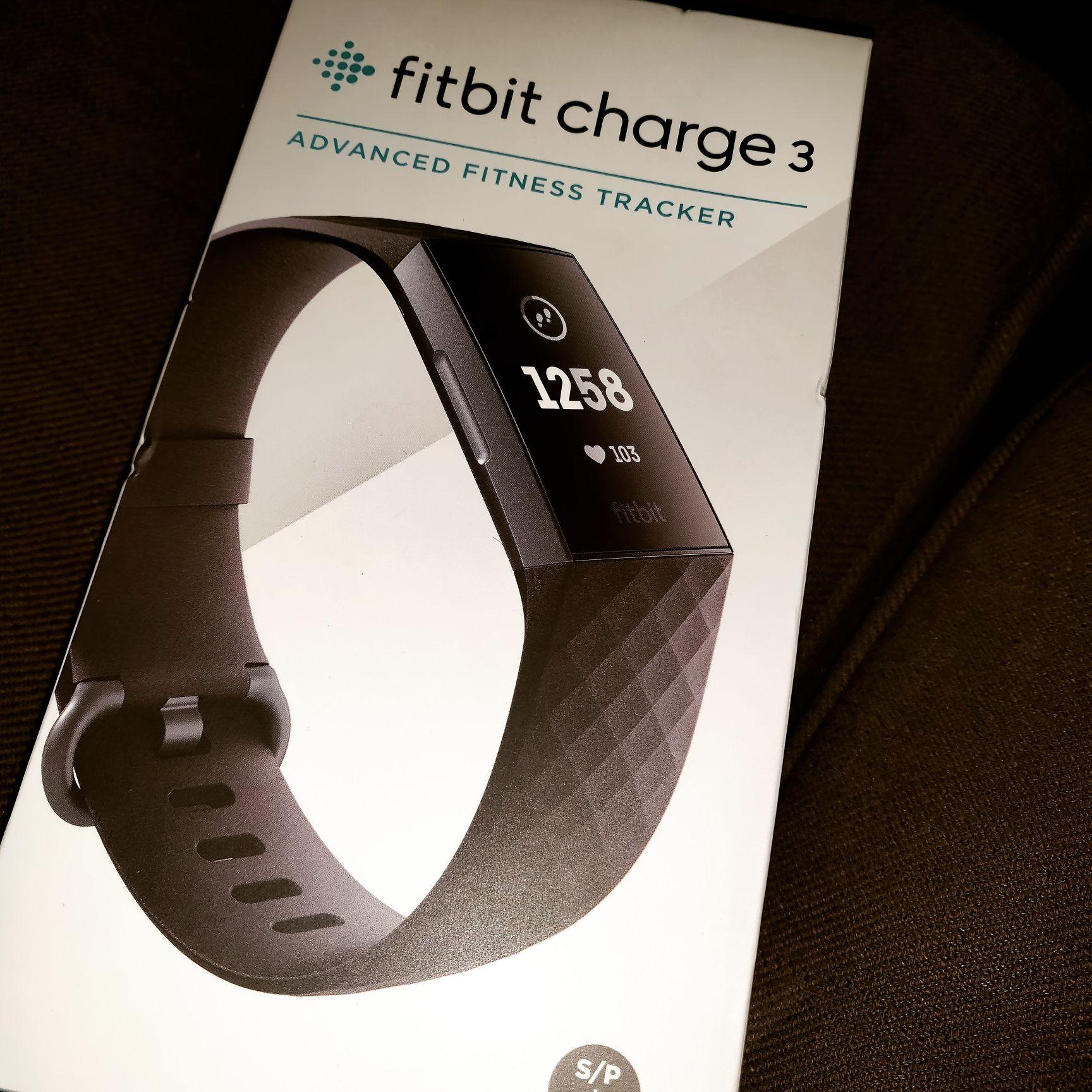 Fitbit charge 3 in de aanbieding MediaMarkt