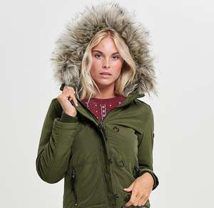 Only korte winterjas -75% (was €59,99) @ Sans Online