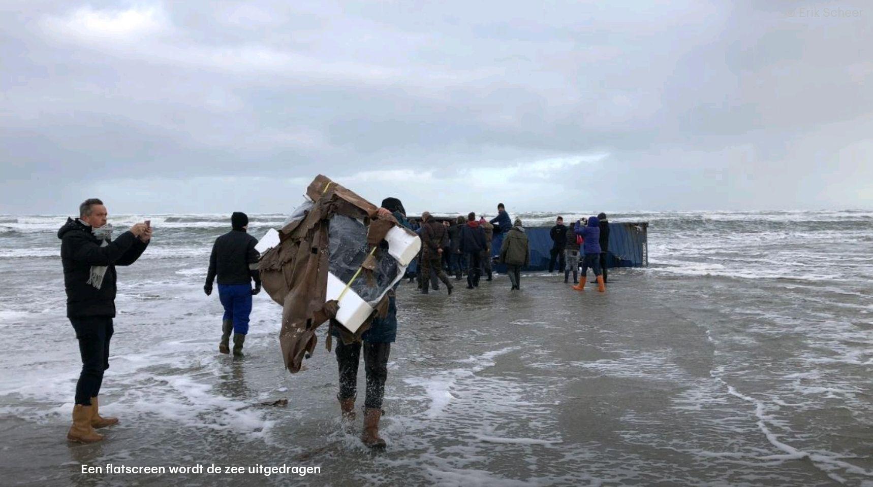 Gratis TV's, speelgoed en Ikea meubelen op stranden Vlieland, Ameland & Terschelling