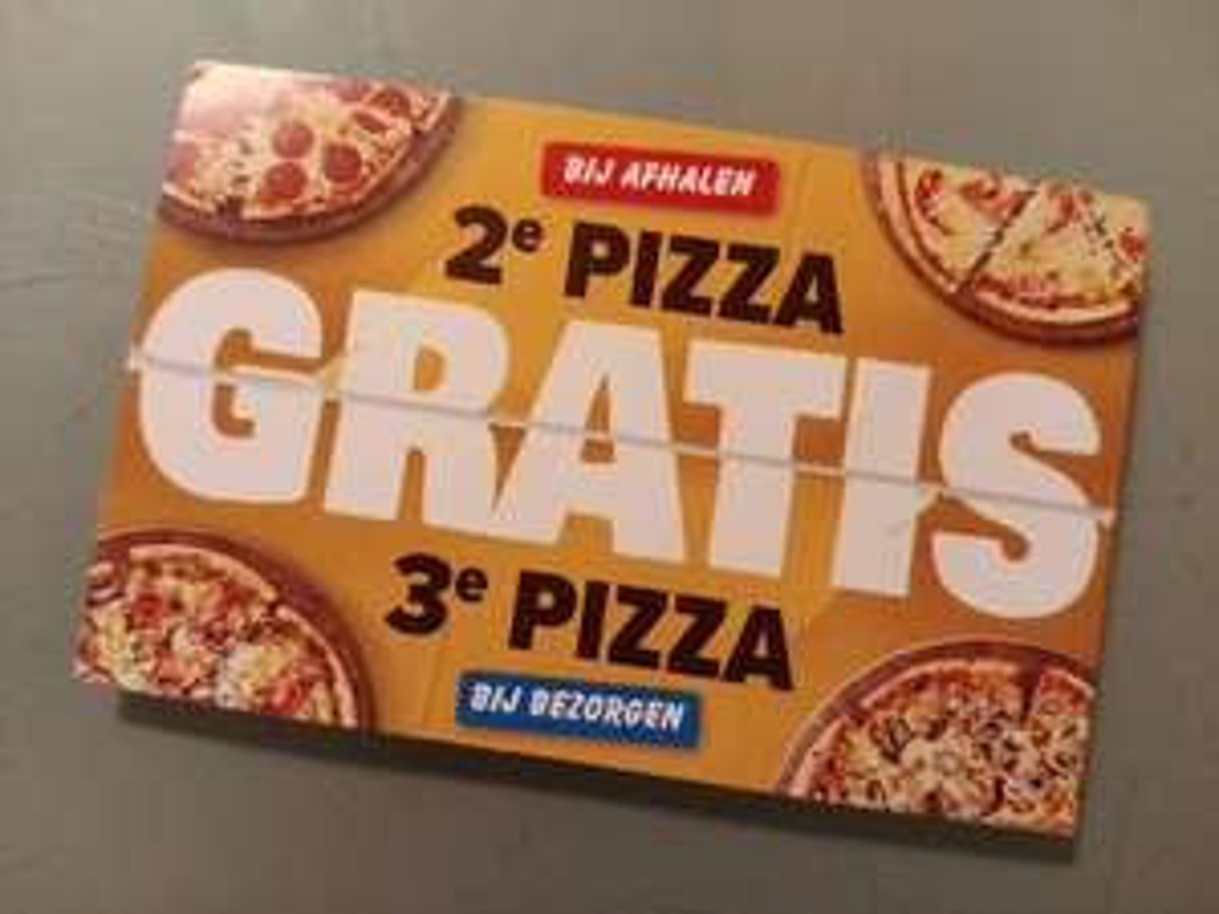 Dominos: 2e pizza gratis bij afhalen, 3e bij bezorgen