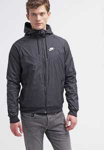 Nike windrunner Jack €39,99 @Foot Locker