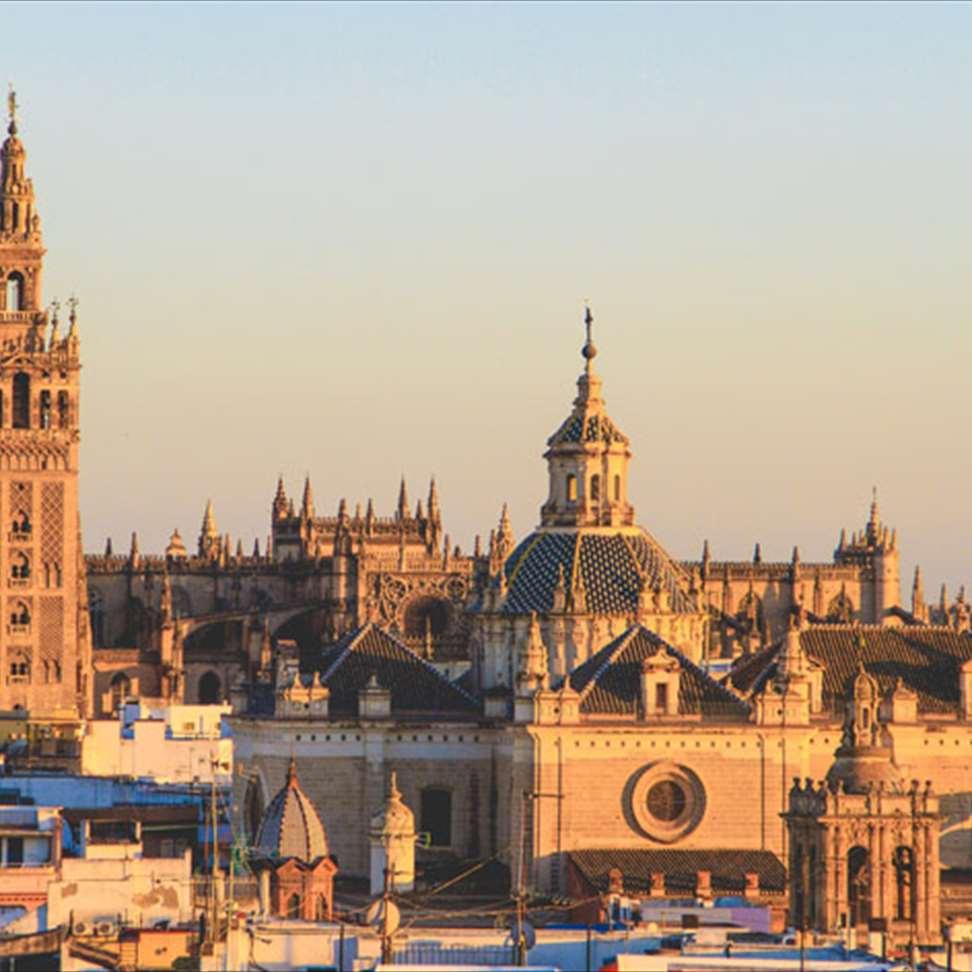 Vliegtickets: trip naar Gran Canaria en Sevilla voor €64,87 @ Opodo