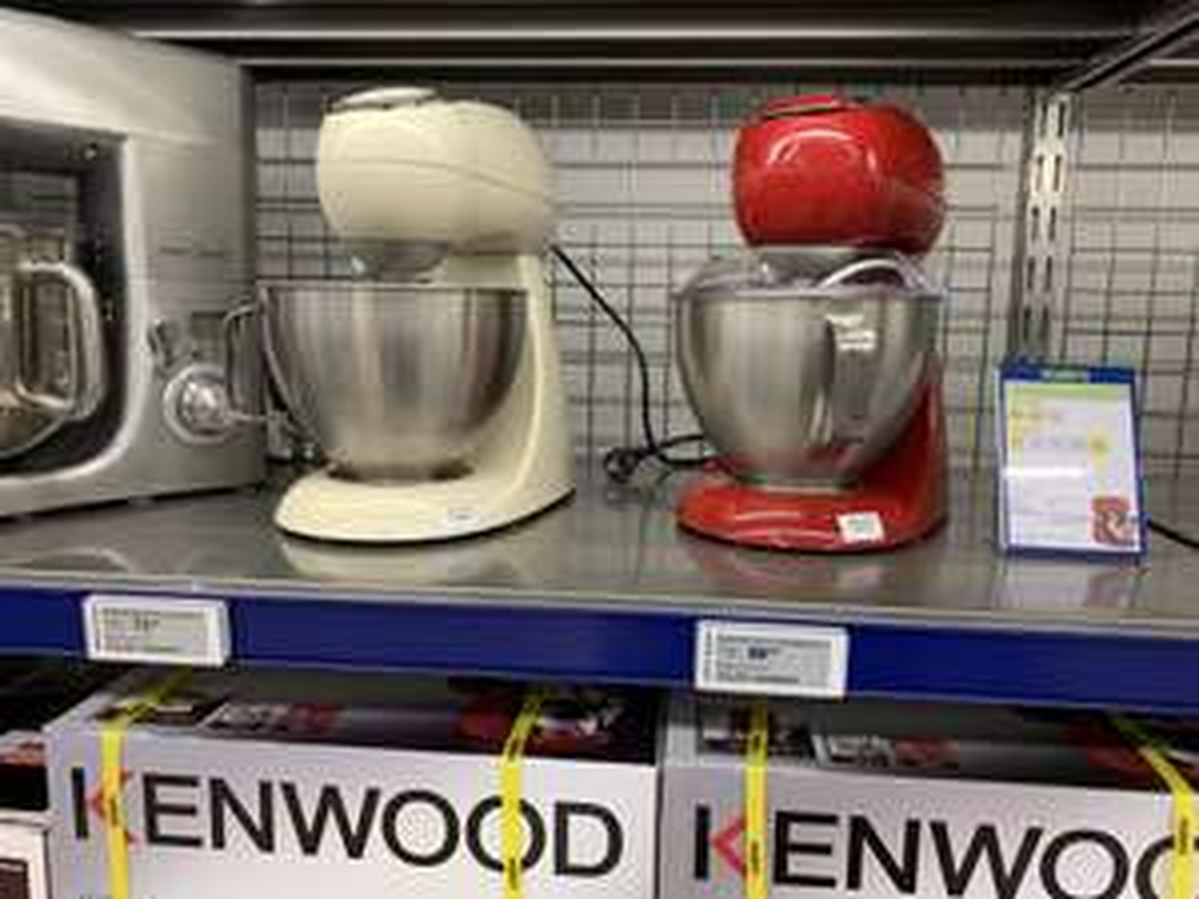 Kenwood MX311 Rood keukenmachine €69,50 excl BTW bij Makro Delft