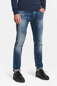 2e Jeans 50% korting bij WE fashion