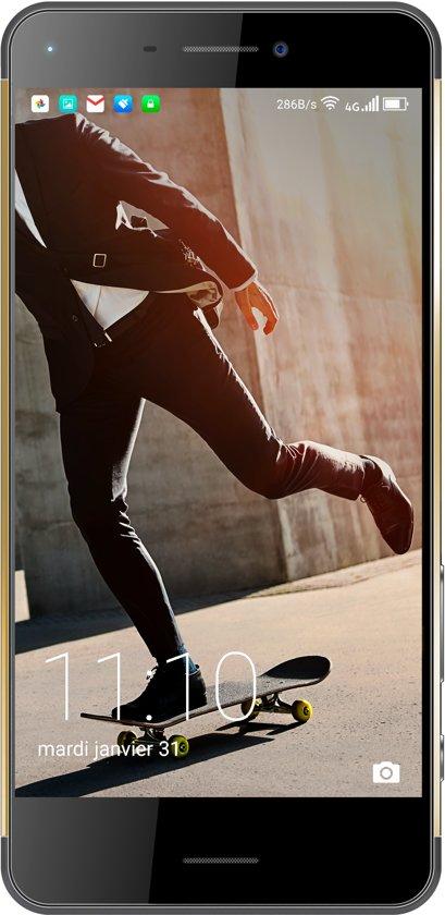 Hisense C30 Rock (32GB/3GB RAM) €99 @ BOL.com