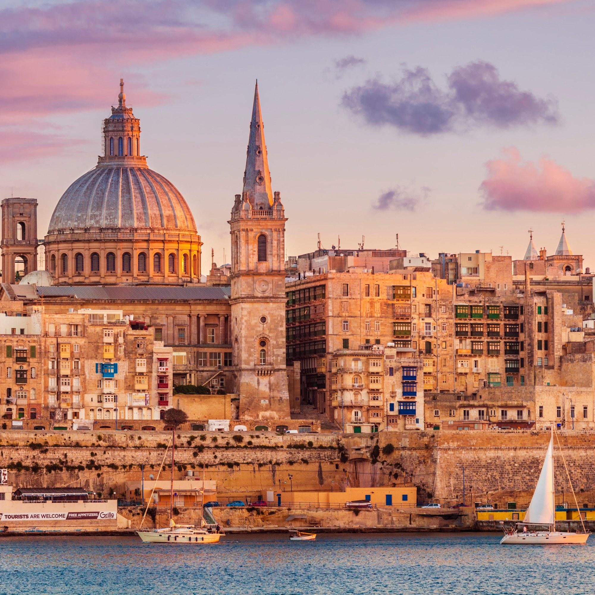 Vliegtickets: rondreis Bologna, Bari en Malta vanaf Eindhoven voor €77 @ Ryanair