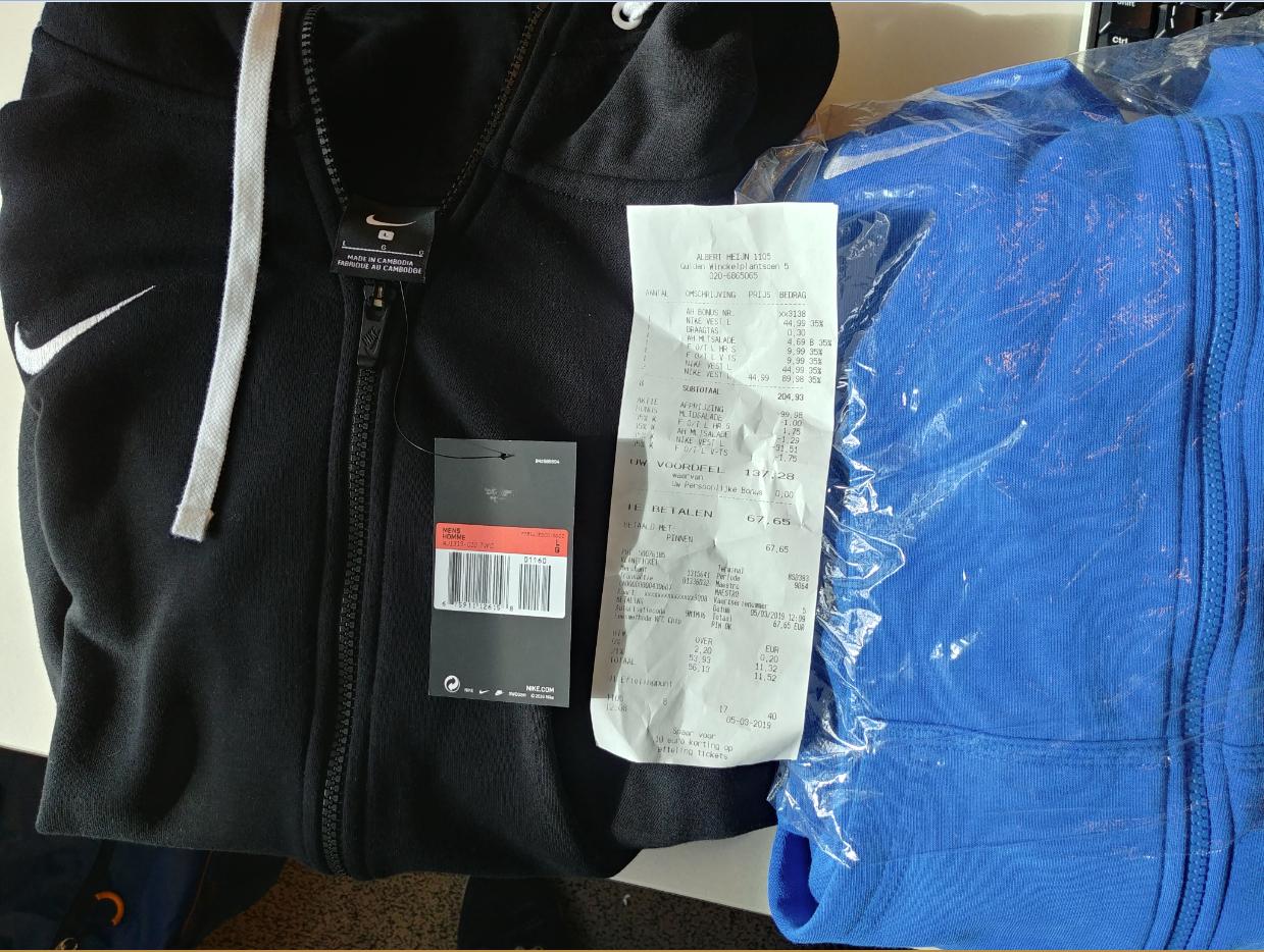 Nike Training Sweatshirt Hoodie voor slechts € 14,62 @ Albert Heijn