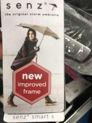 Senz Smart S paraplu bij de Aldi voor 6 eurootjes!