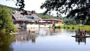 4 dagen halfpensionarr. Vakantiepark Hambachtal (DU) €189,95 voor 2 p @ voordeeluitjes