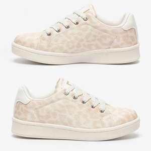 Kids sneakers met luipaardprint -78% = €5 [was €22,99]