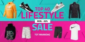 Minimaal 30% korting op geselecteerde lifestyle kleding (van o.a. adidas en Nike) @ Geomix