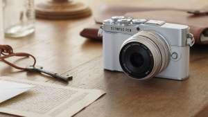 E‑P7 Pancake Zoom Kit + gratis lens M.Zuiko Digital ED 75mm F1.8