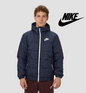 Nike winterjas met fleecevoering voor heren van €99,99 naar €60 @ Aktiesport