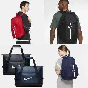 Nike 2-delige tassenset [div kleuren]   + code xtra korting & gratis verzending twv €5,95
