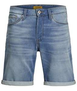 Hoge kortingen op diverse Jack&Jones jeans shorts model Rick. Bijvoorbeeld lichtblauw