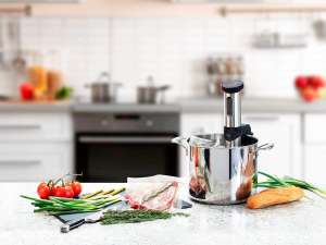 Sous Vide V2 Immersion Cooker van €104,99 naar €39,90 @ Monoprice
