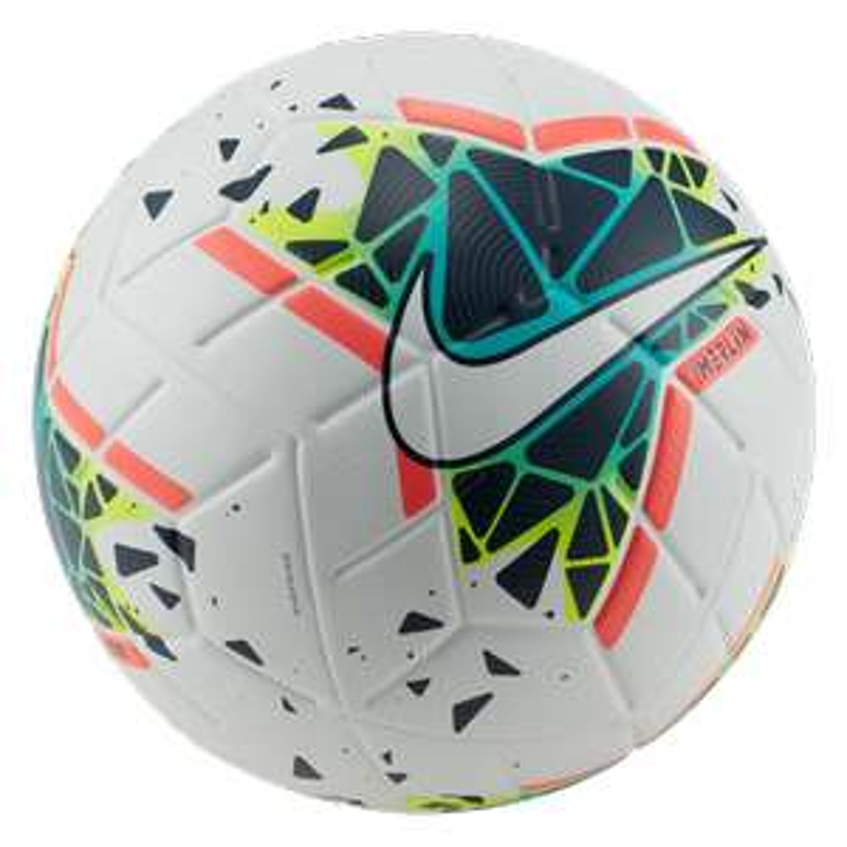 Nike voetbal Merlin II -53% (elders €130) + gratis verzending à €9,95 @ Geomix