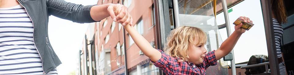 Ervaar het OV. Kinderen reizen gratis: 15 februari t/m 31 maart (Gelderland, Overijssel en Flevoland)