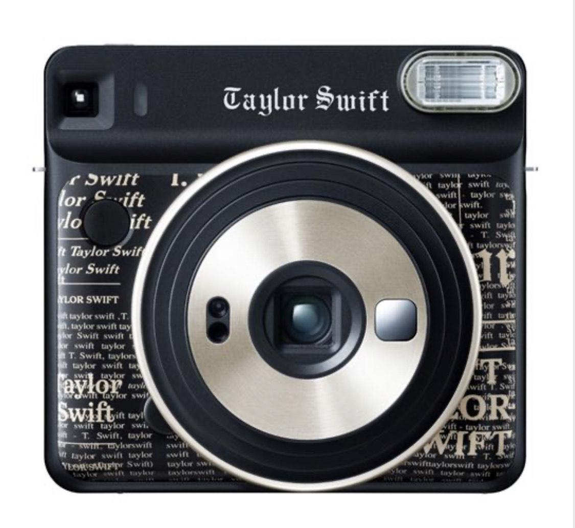 Fujifilm Instax Square SQ6 Camera @ Kamera-Express