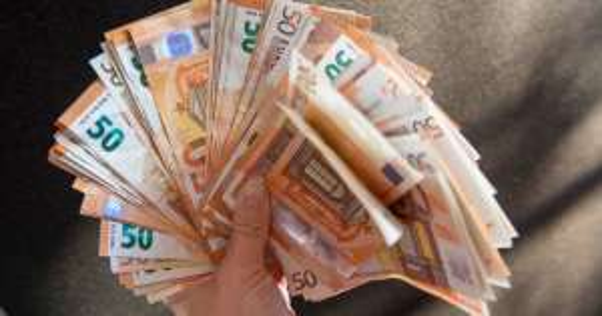 ABN AMRO : Beleg € 600 en ontvang € 75 bonus.