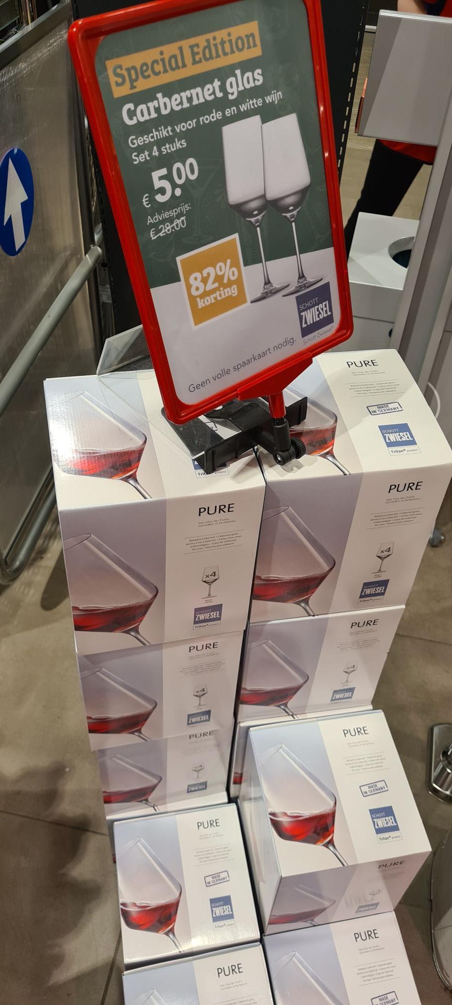 4 wijnglazen Scott Zwiesel (lokaal Zwaag)