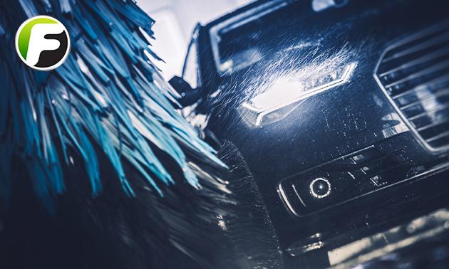 Auto wasbeurt in de wasstraat - BP Carwash