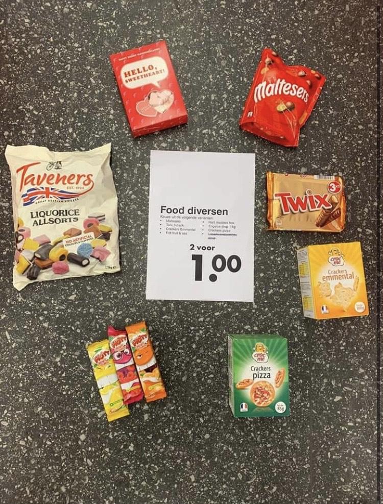 Diverse snoep/etenswaar goedkoop. Bij Wibra 2 voor €1/5 voor €1