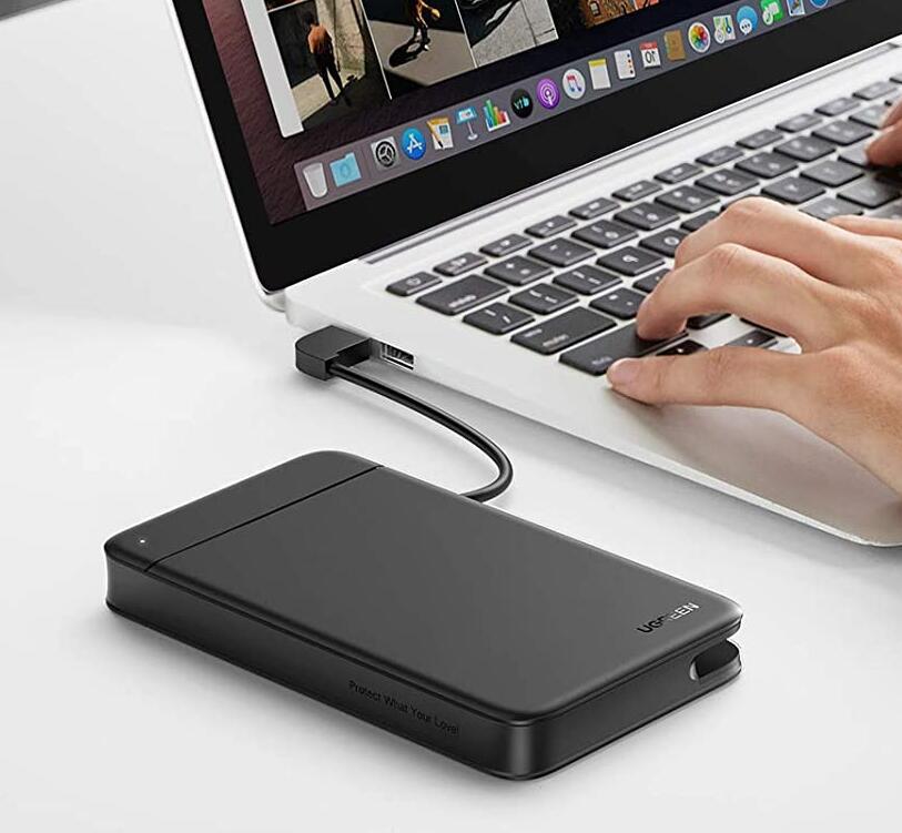"""UGREEN harde schijf behuizing voor 2,5"""" met ingebouwde USB 3.0 kabel voor €9,99 @ Amazon NL"""