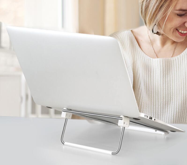 UGREEN verstelbare laptopstandaard voor €9,49 @ Amazon.nl