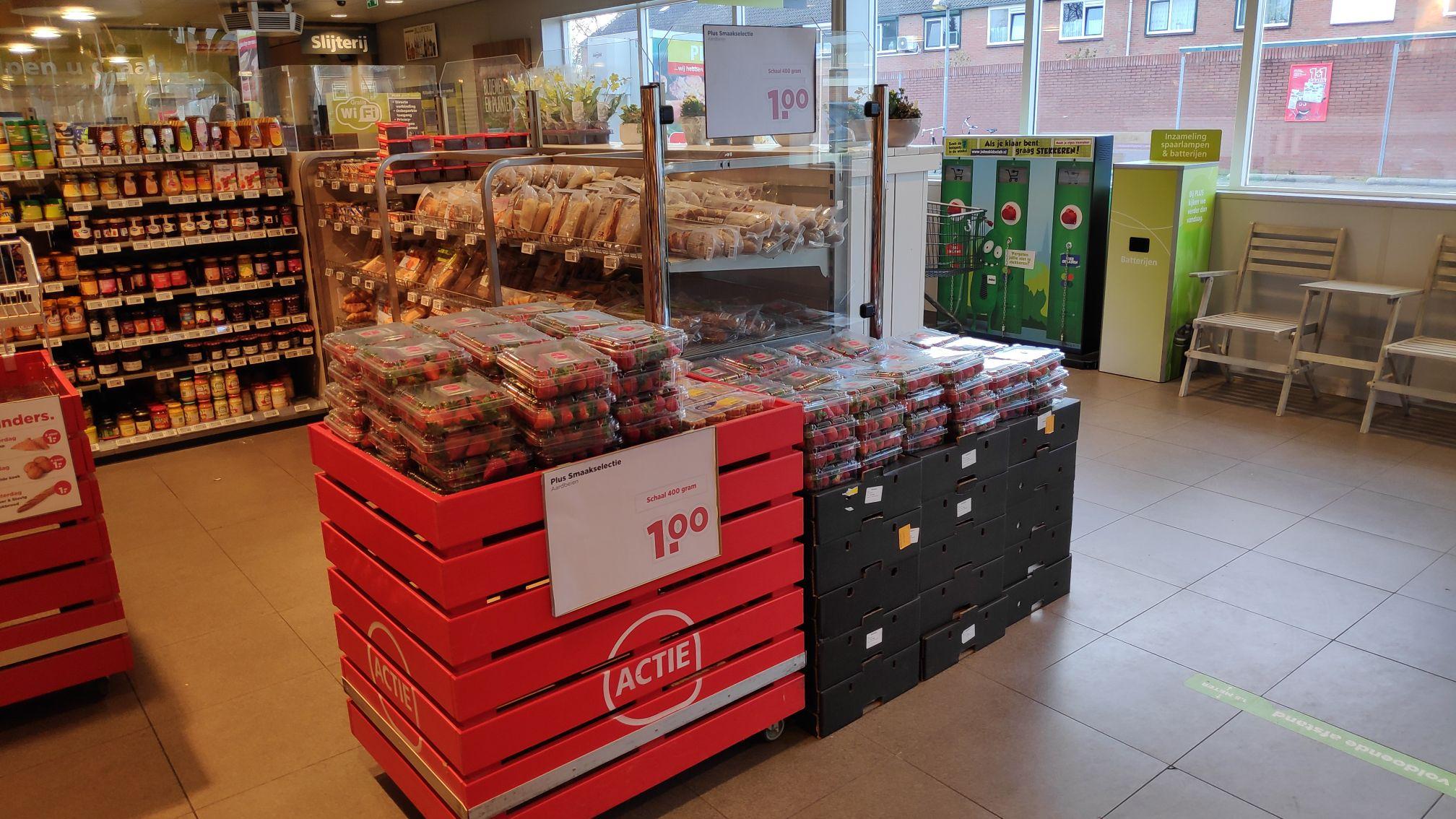[Lokaal] Hengelo (Gld) Aardbeien €1,00 per bak
