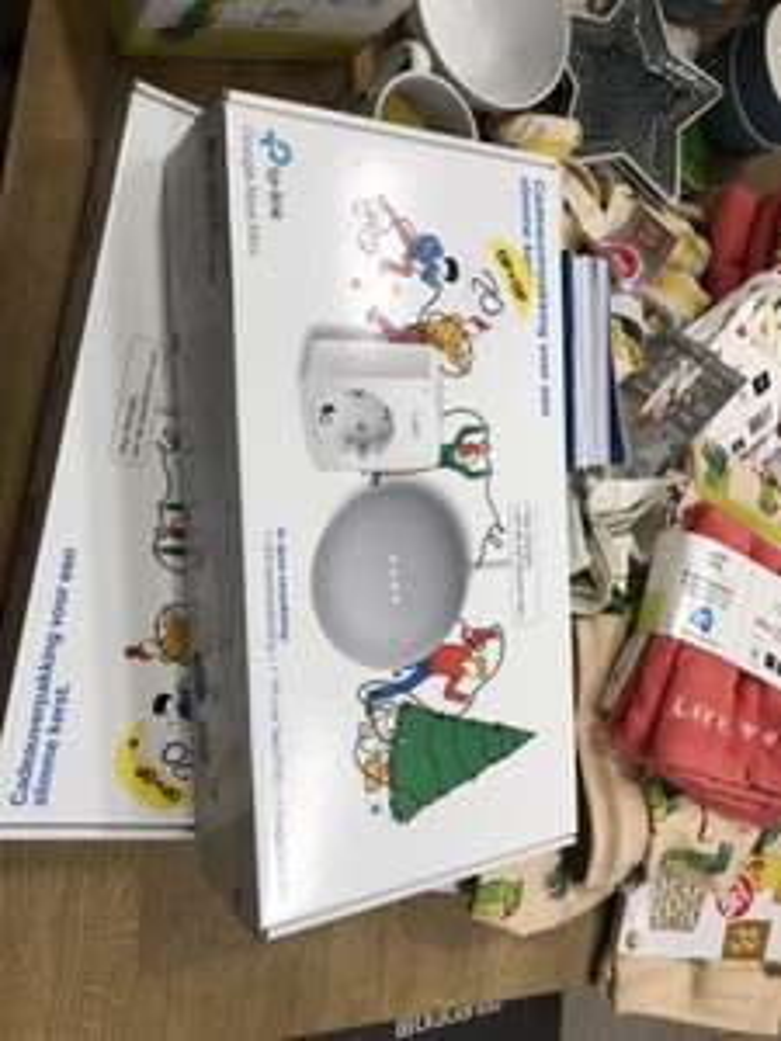 (Lokaal Oudenbosch) Google Nest mini + smart plug + kerstverlichting