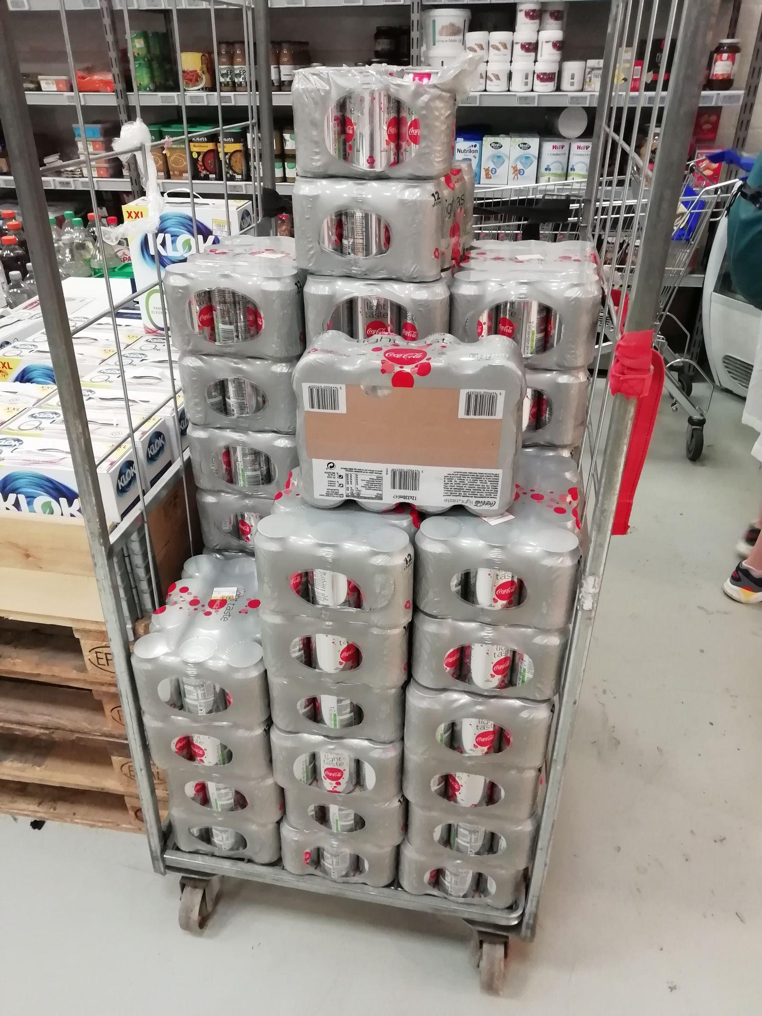 Coca cola Light 12x33cl voor 2,16 - - > Makro Wateringen (lokaal)