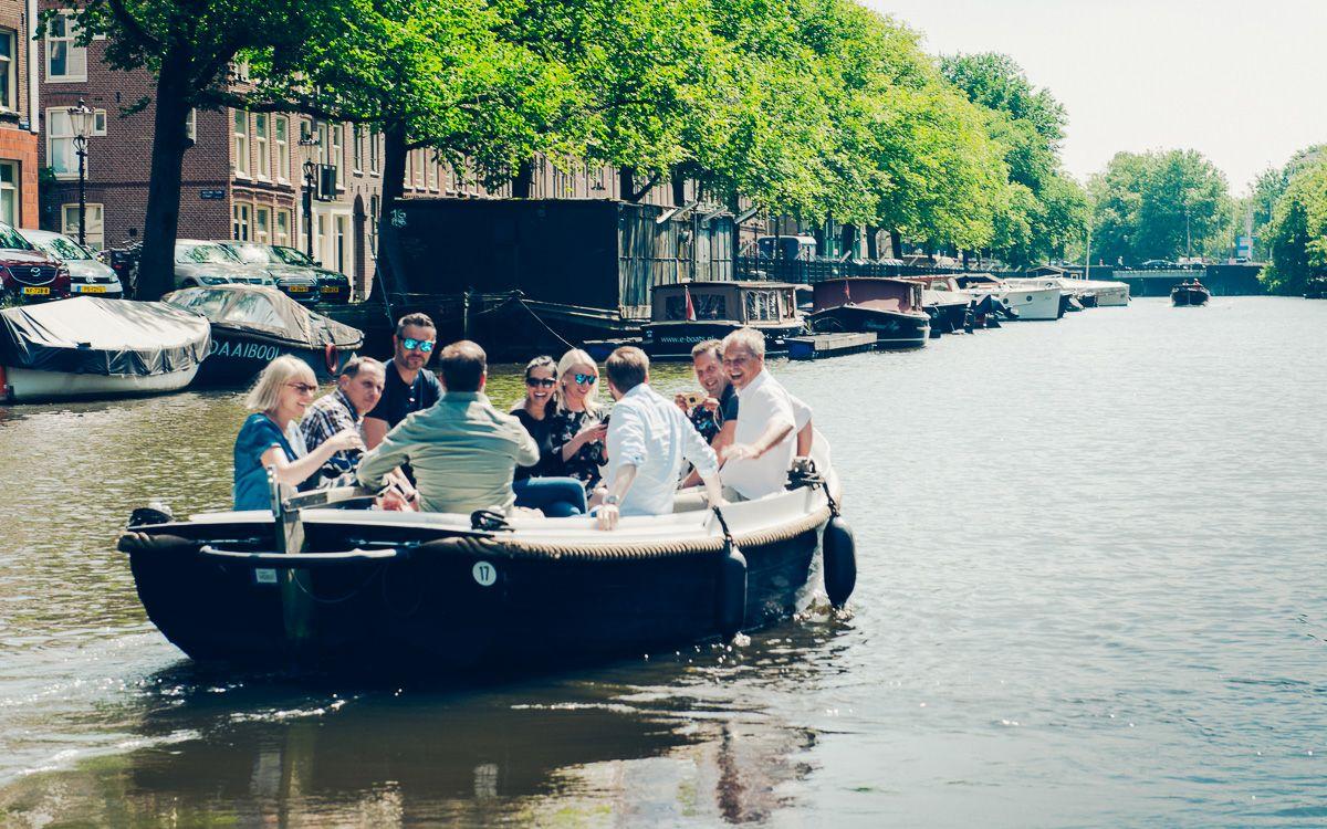 4 uur sloep huren Amsterdam tot 12 personen (ma - vr, ook in Haarlem, Leiden)