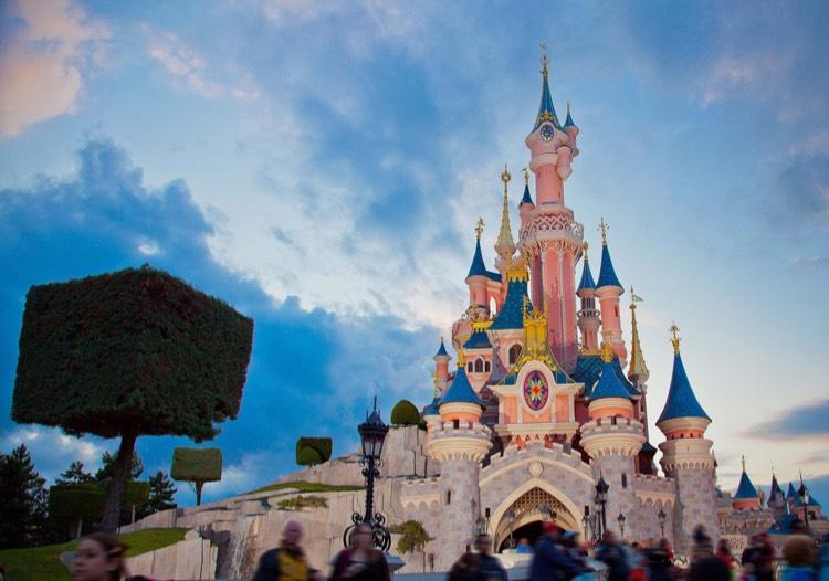 1 Dag Disneyland Paris + €15 Foodvouchers @ AttractionTix