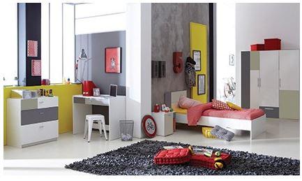 Complete tienerkamer (bed, nachtkastje & bureau)