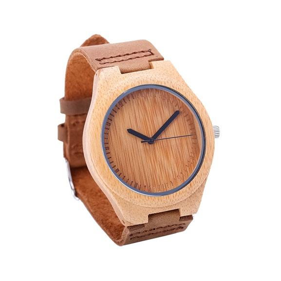 Bamboe horloge met leren band. Van 79,99 voor 19,99